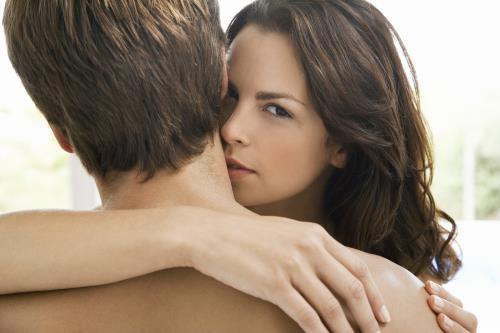 tâm lý phụ nữ cặp bồ