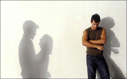Vợ ngoại tình có nên chia tay