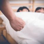 Tại sao phụ nữ ngoại tình khó dứt